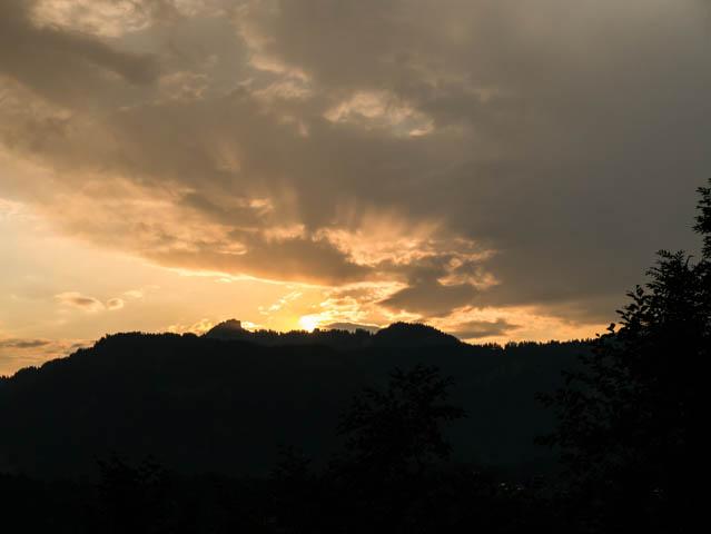 Berge und Sonnenuntergang (1 von 1)