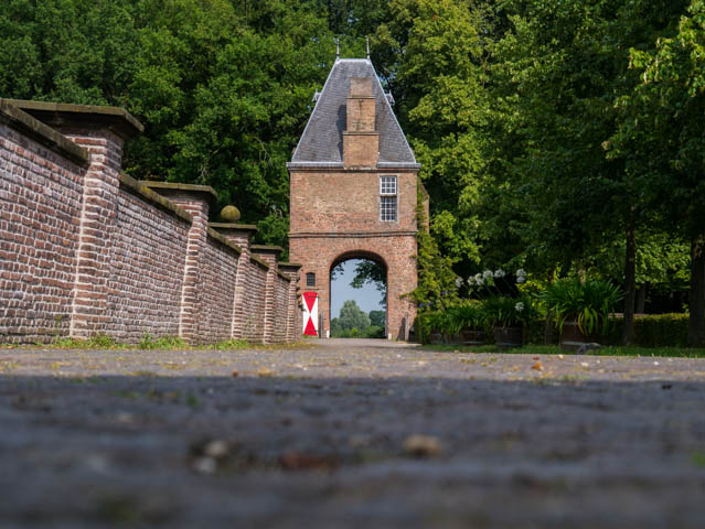 Schloss Tor (1 von 1)