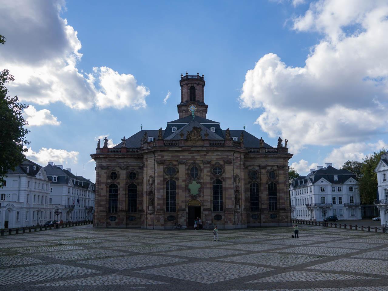 Ludwigskirche vorn (1 von 1)