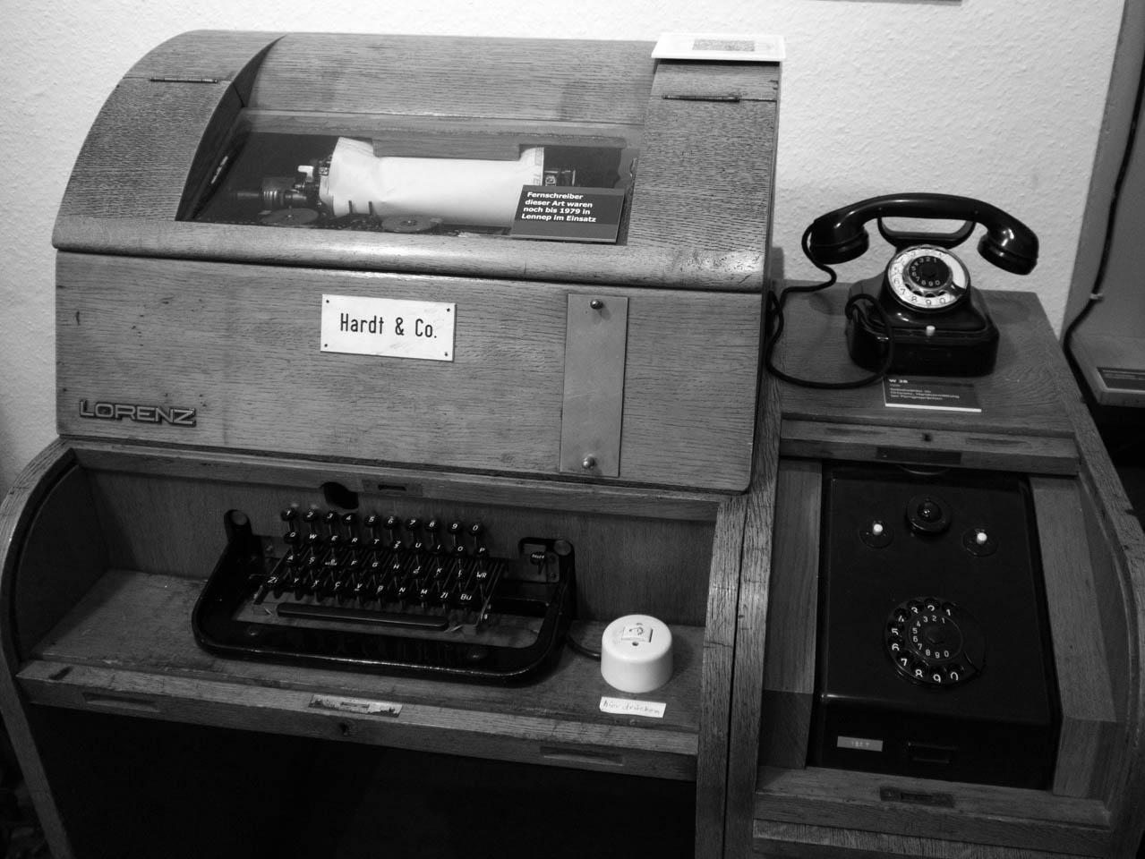 Schreibmaschine (1 von 1)