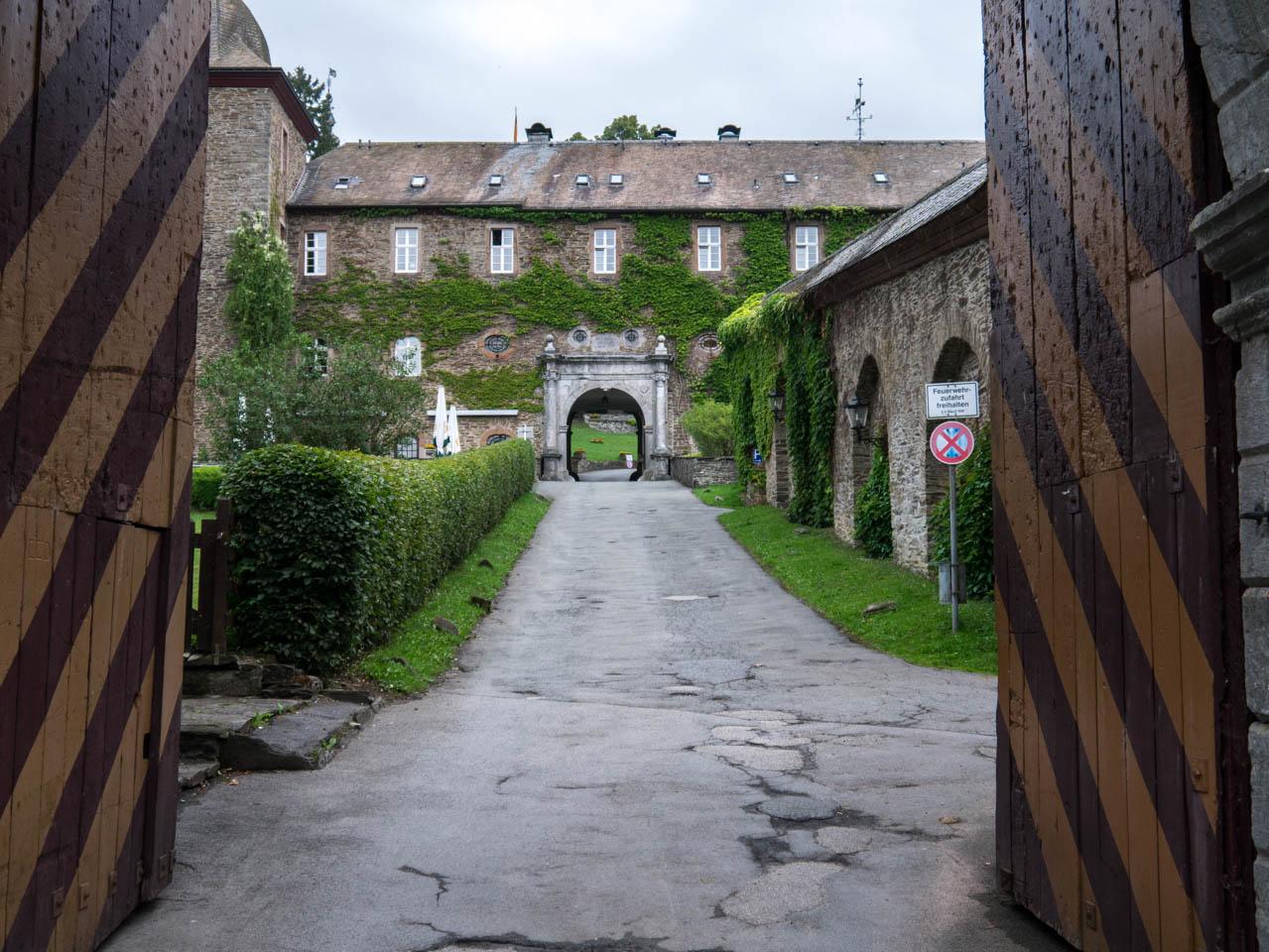 Burg Schnellenberg (1 von 1)