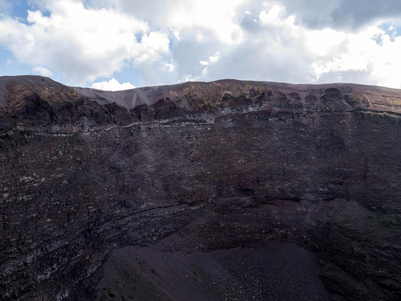 Hoher Kraterrand (1 von 1)