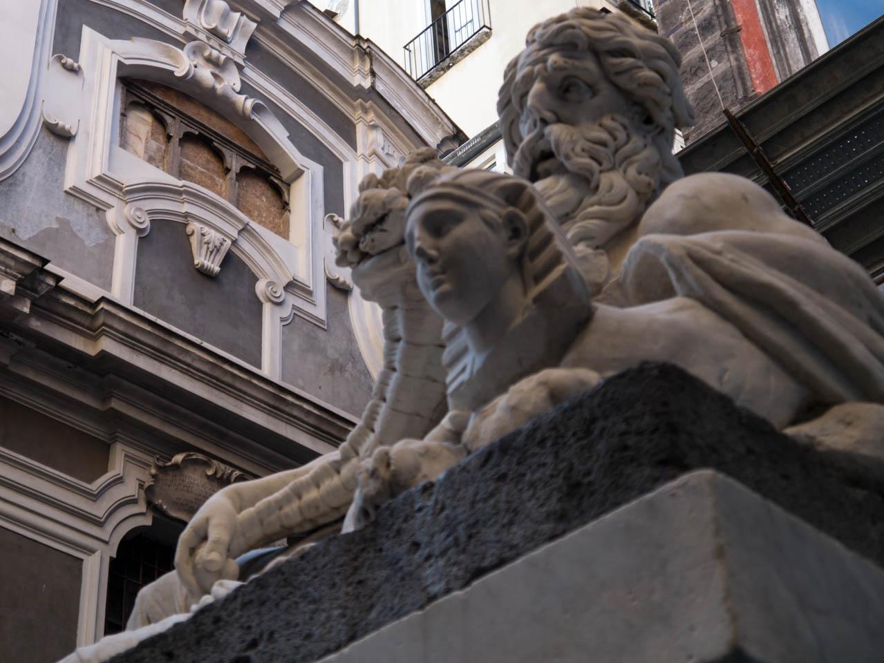 Napolitanische Statue (1 von 1)